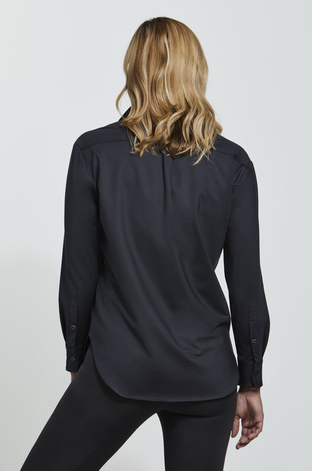 STRETCH SILK RELAXED BUTTON DOWN