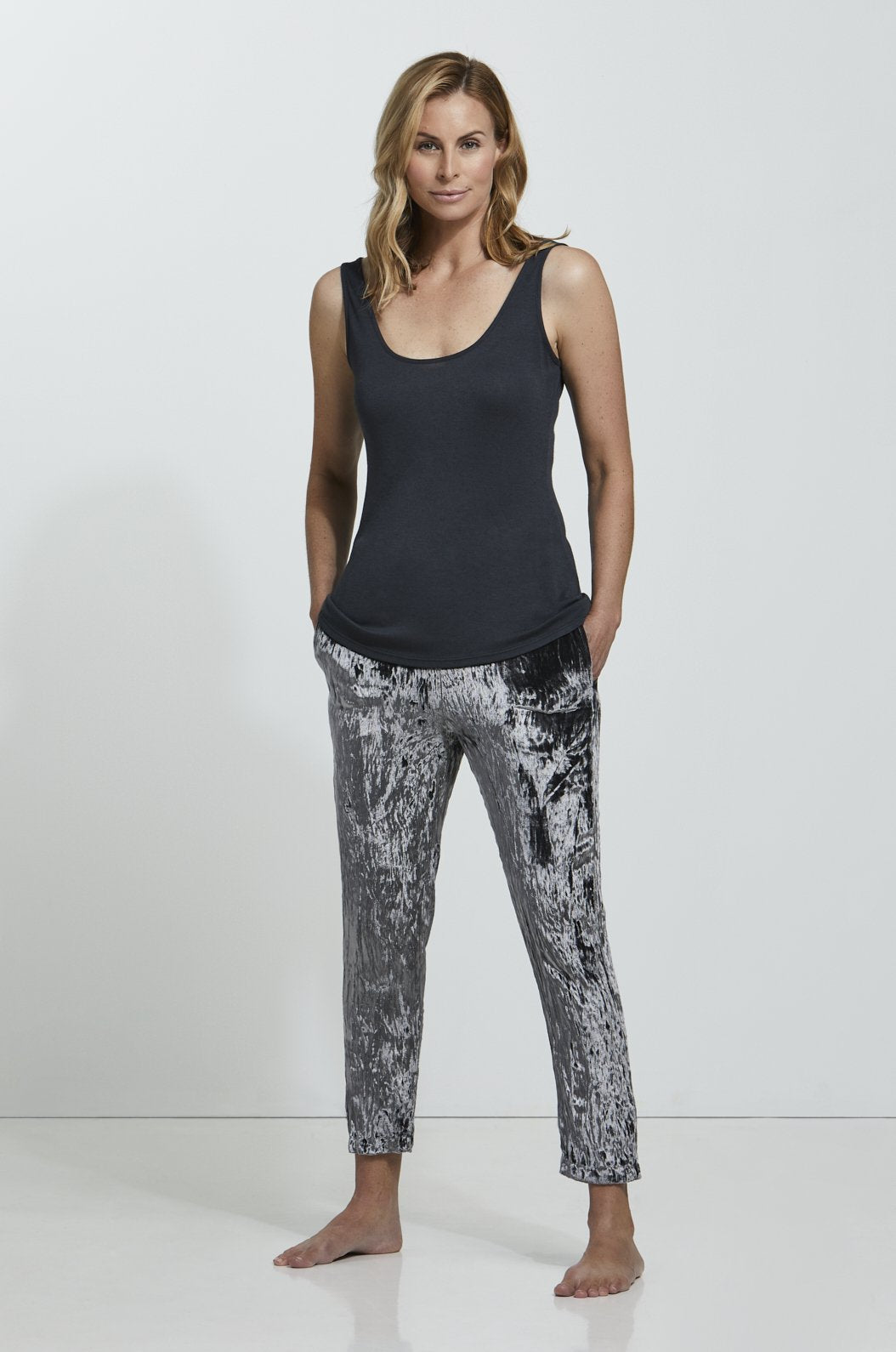 ROYL NYC | Luxury loungewear - CRUSHED VELVET CROPPED PANT | ROYL