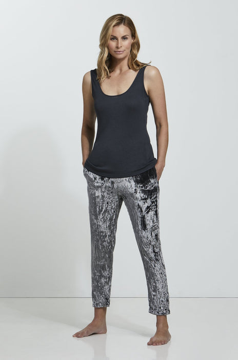 Luxury loungewear - CRUSHED VELVET CROPPED PANT | ROYL