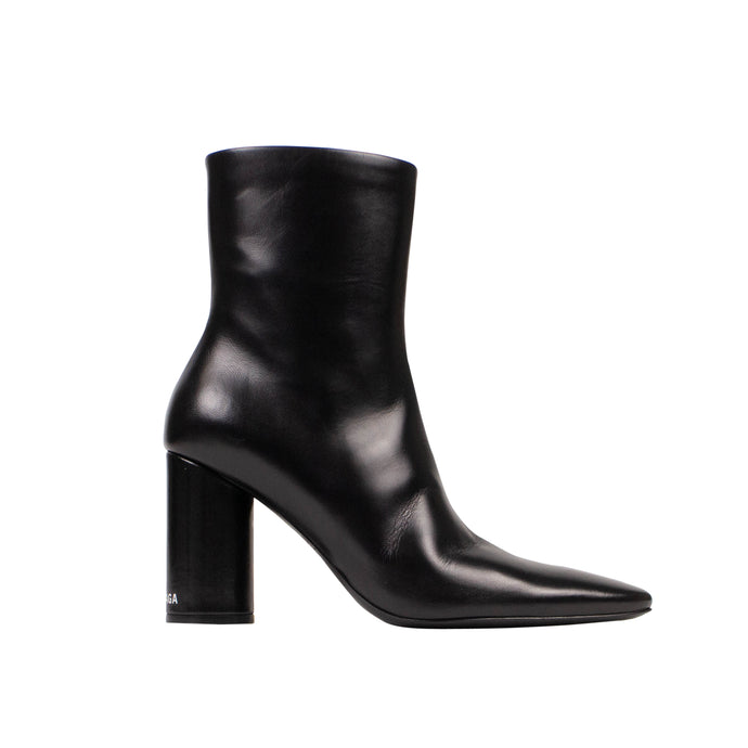 Leather Oval Block Heel Ankle Boots - Black