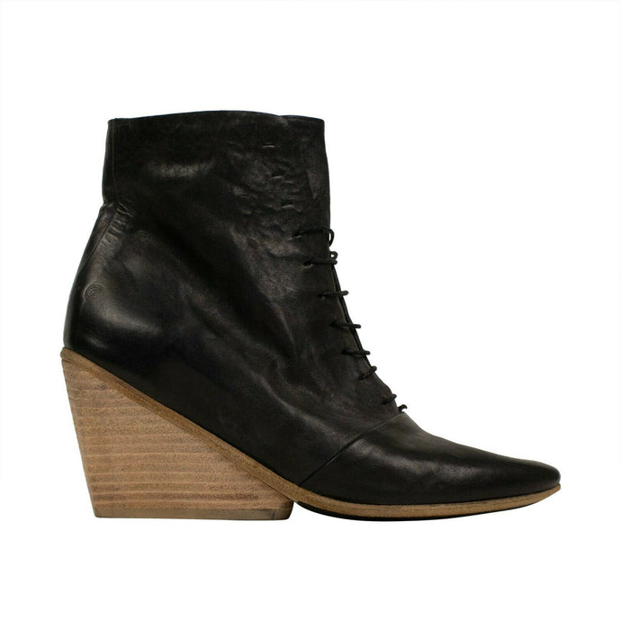 Distressed Horse Skin Leather Boots - Black