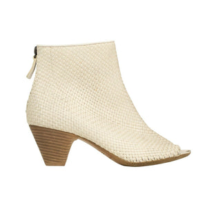 Open Toe Weaved Leather Boots - White