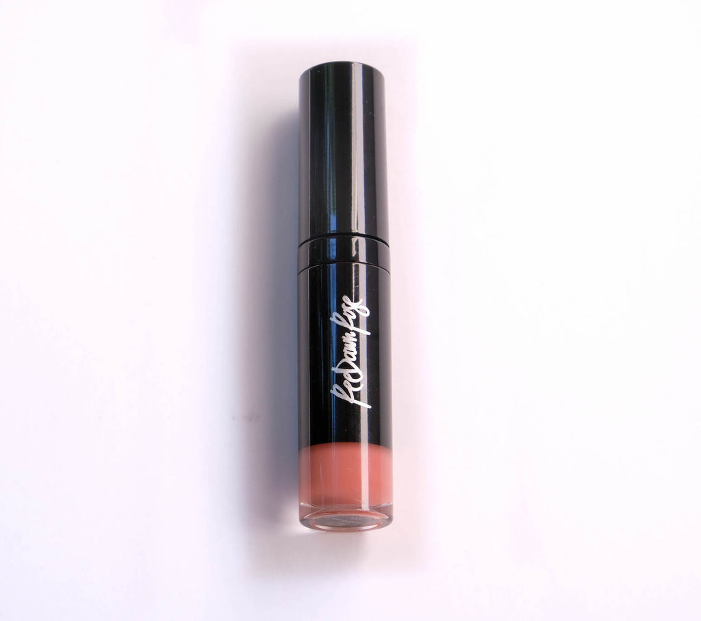 Embrace Long Wear Lipgloss