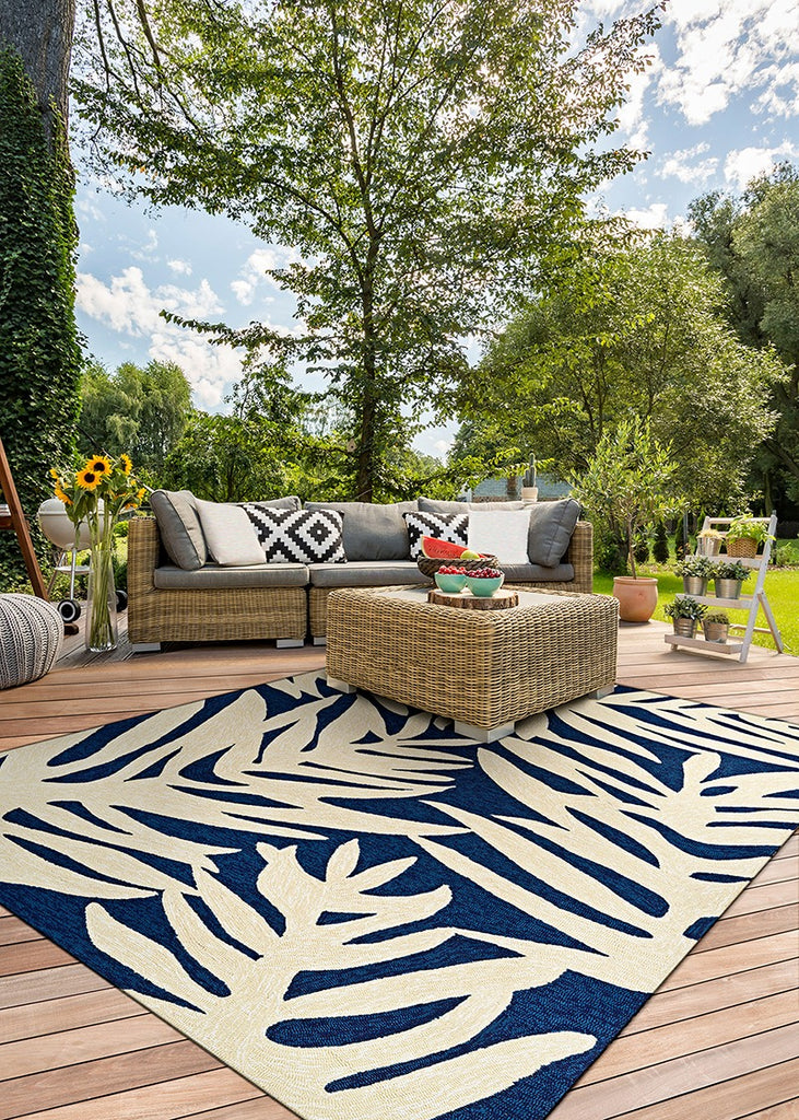 Couristan Covington Palms Navy area rug