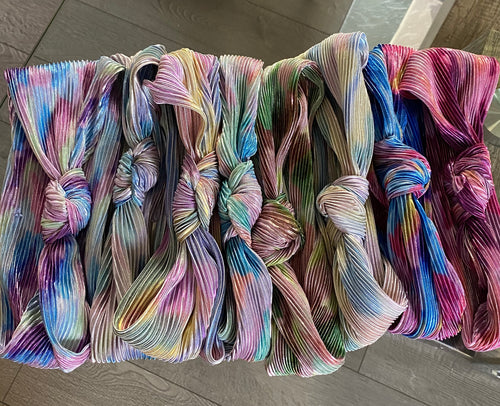 "Pleated X Tie Dye ""collab"" KNOTS"