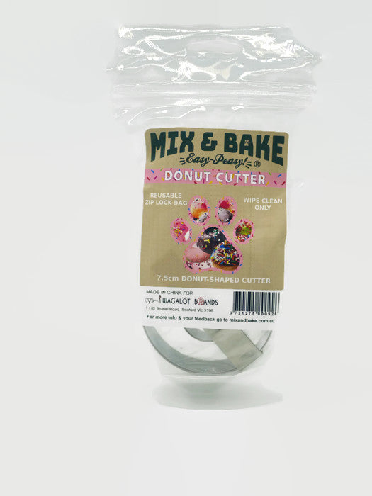 Mix & Bake cookie Cutter - donut shape