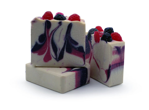 Lisa & Alex Fruit Tingle Artisan Goat Milk Soap