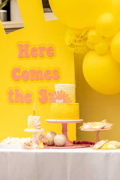here-comes-the-sun-summer-theme-first-birthday-party-supplies-decorations-ellie-and-piper-01