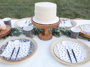 Black And White Grid Large Paper Plates - Ellie and Piper