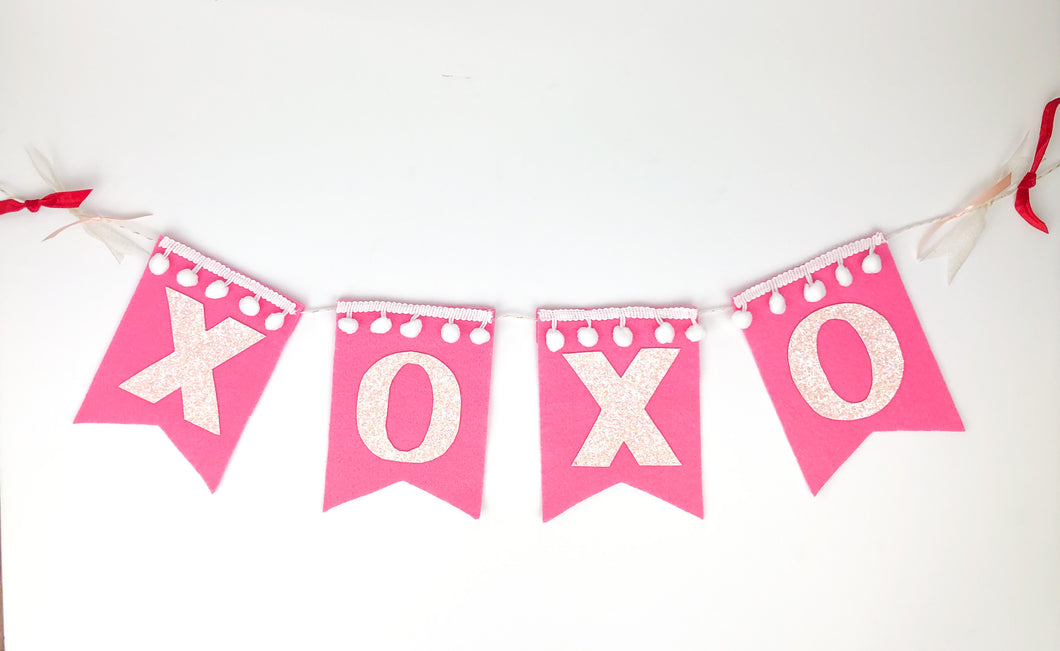XOXO Felt Banner - Hot Pink + Iridescent - Ellie and Piper