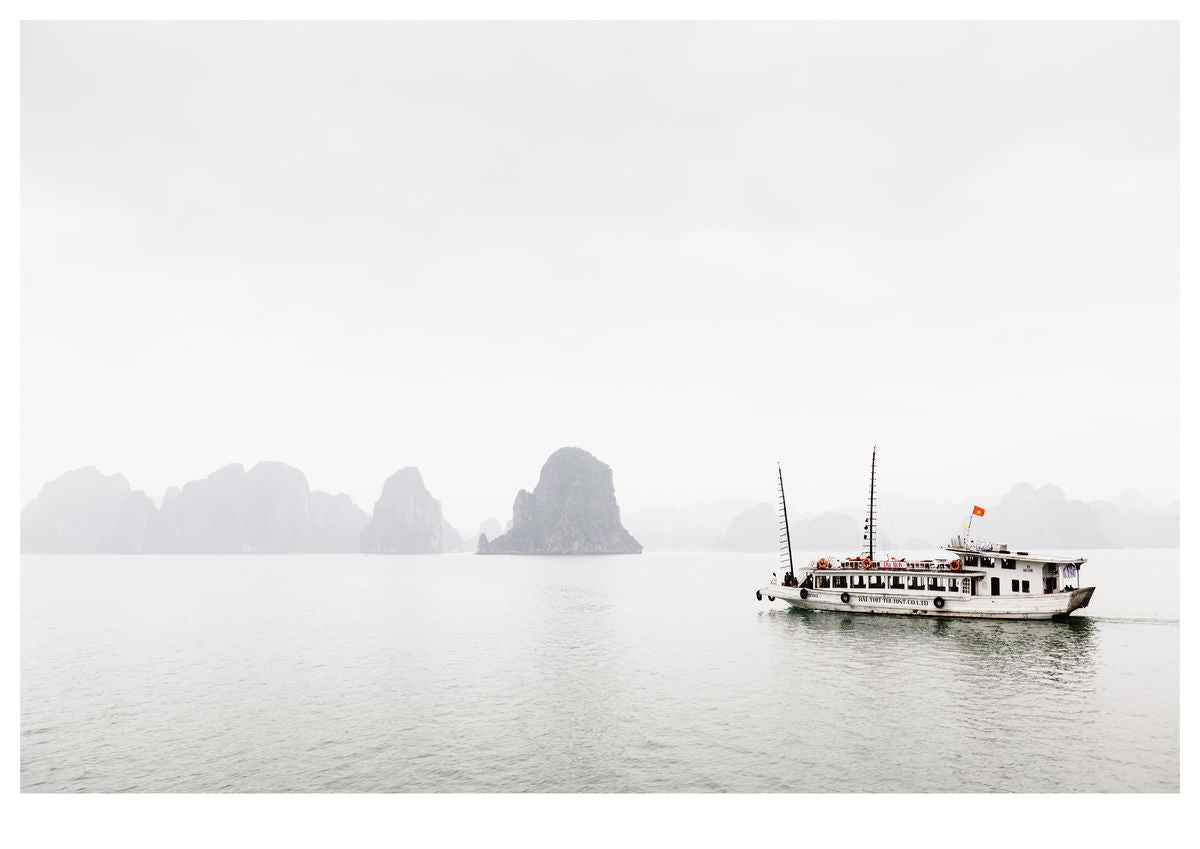Misty Ha Long Bay (119x84cm)