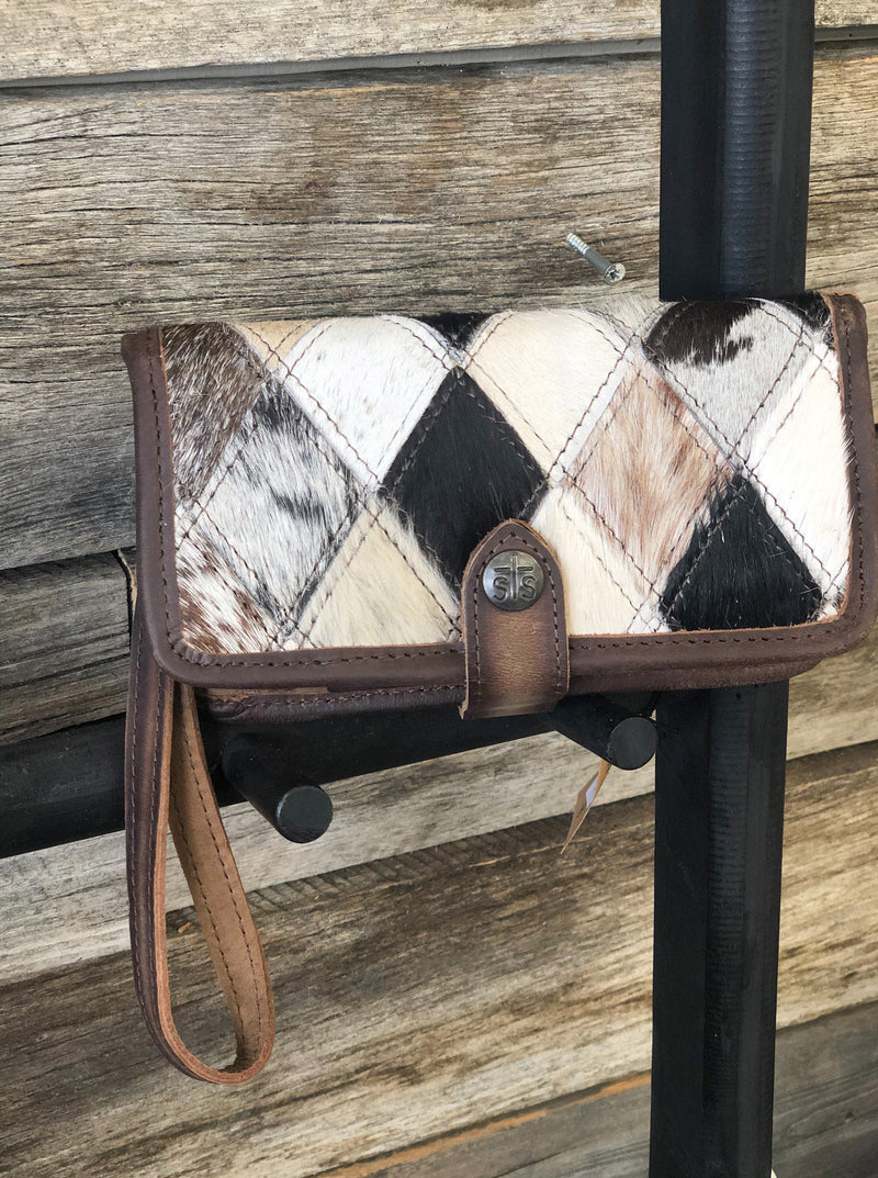 STS Diamond Cowhide Crossbody Wallet - Allure Boutique WY