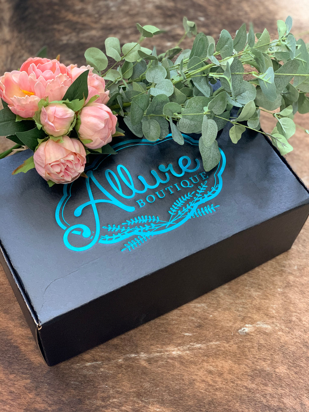 Seasonal Subscription Box - Allure Boutique WY