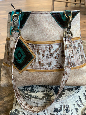 Houston Handbag - Allure Boutique WY