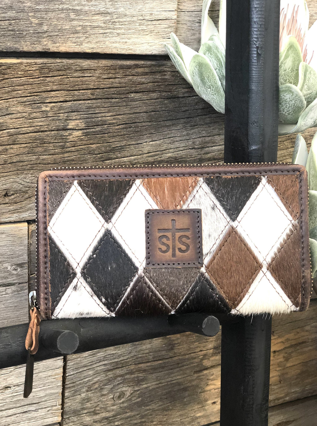 Diamond Cowhide Bifold Wallet - Allure Boutique WY