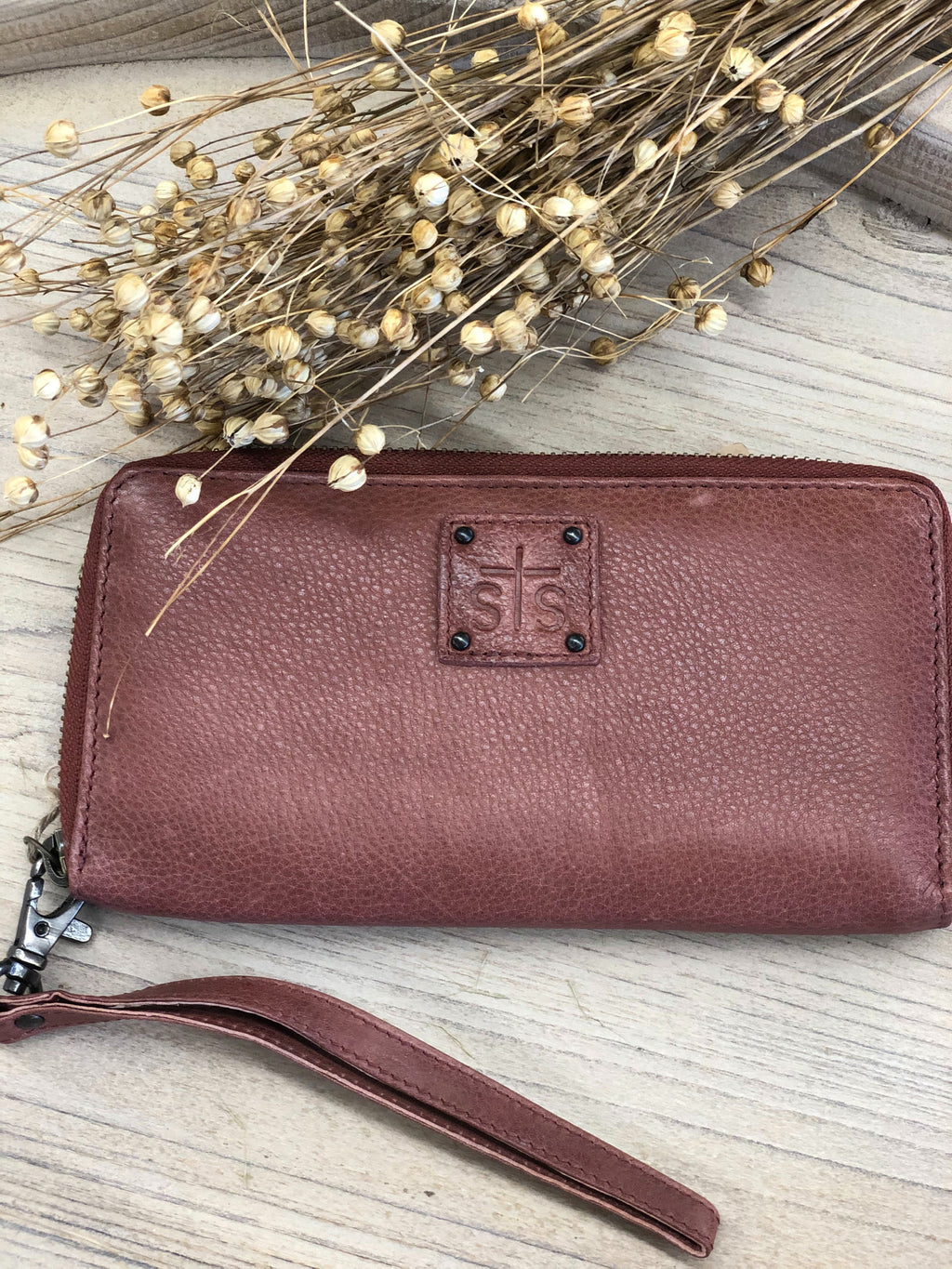 Rosa Wallet Red/Brown - Allure Boutique WY