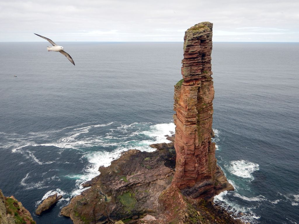 Sea stacks, scotland, climbing