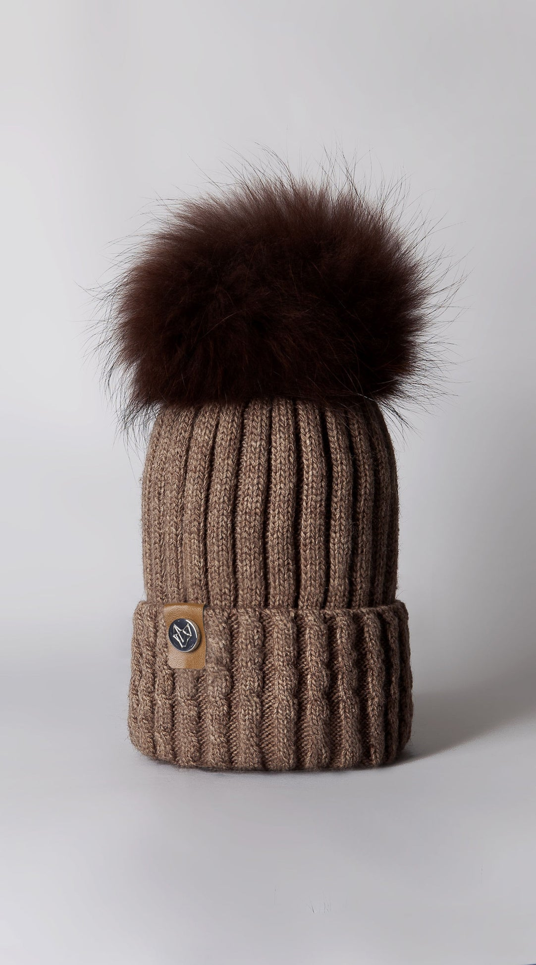 Boston Pom Pom Hat - Mocha