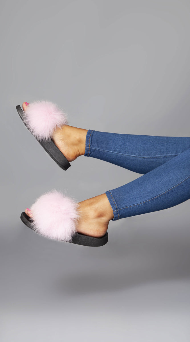 Luxy Fox Fur Sliders - Pink