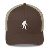 'Oregon Born Bigfoot' in White - Trucker Cap - Oregon Born