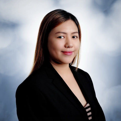 "Aiza Leaño<br/><span style=""font-weight:500"">Helpdesk & Client SEO expert</span>"