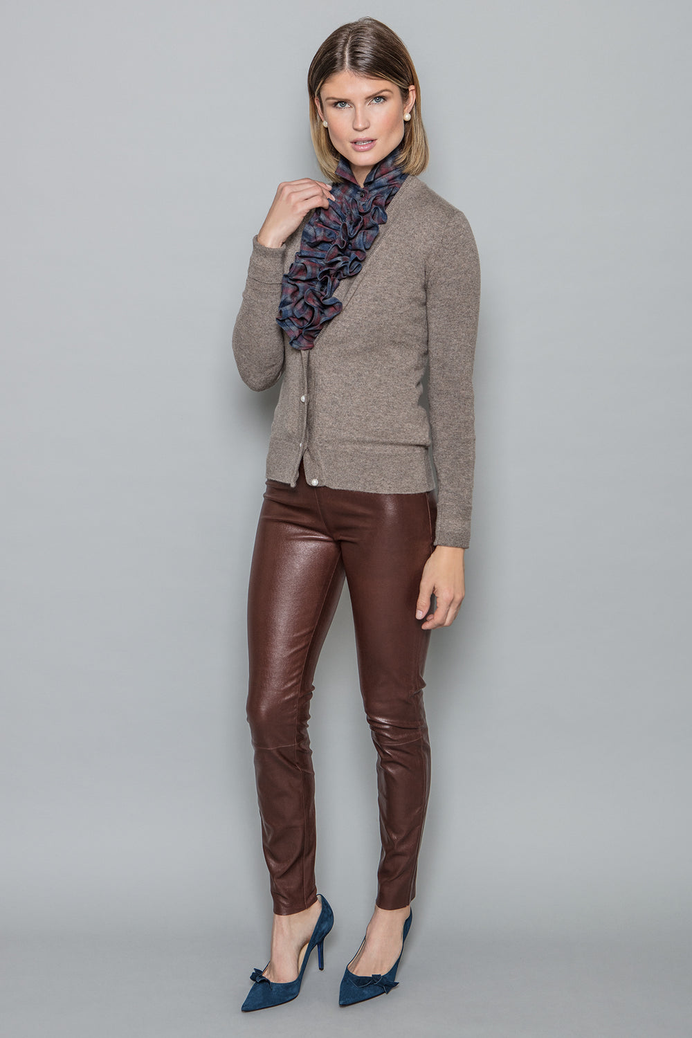 Lisa Cardigan in Brown