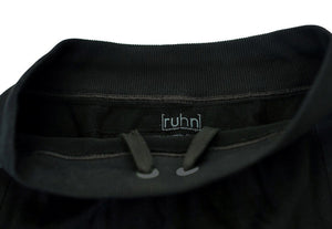 Black compression shorts with patented fully seamless front with 6 inch inseam. Interior drawstring.