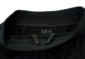 Black compression shorts with patented fully seamless front, pockets and 9 inch inseam. Drawstring.