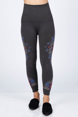 B2370CC M.Rena High Waiste Cropped Leggings w/ Mystic Mandala