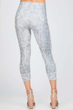 B4438R Capri/Short High Waist Crop Legging w/ Paisley Revival
