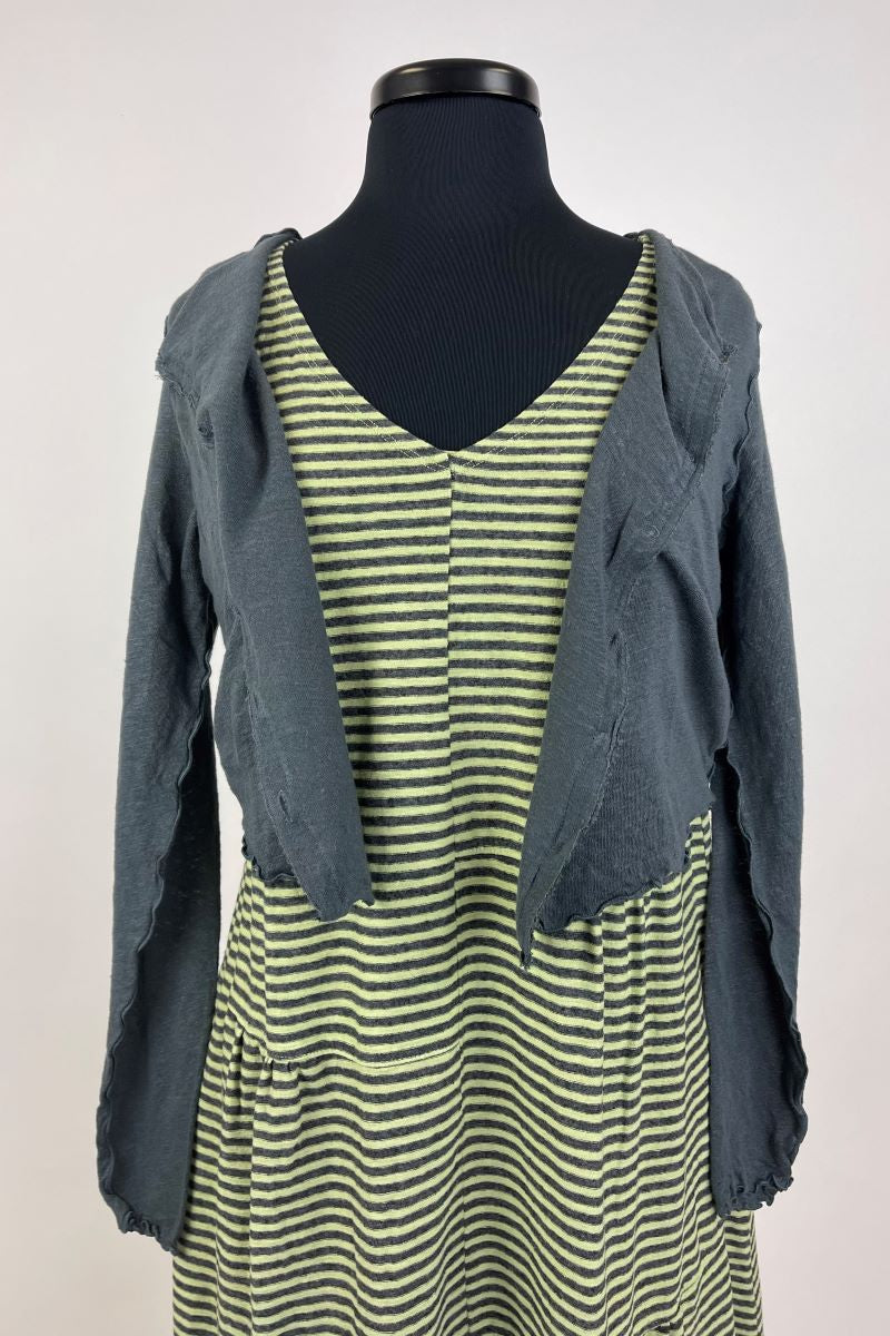 Crop Cardigan with Buttons and Lettuce Edging - Iron