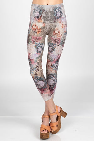 B2370CL Capri/Short M.Rena High Waist Cropped Legging w/ Dancing Peonies