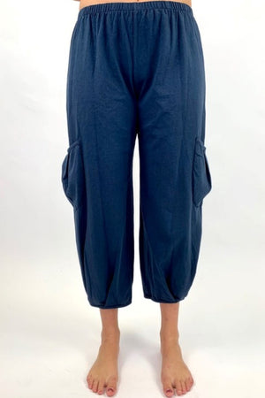 C44160S Crop Pant with Side Pockets