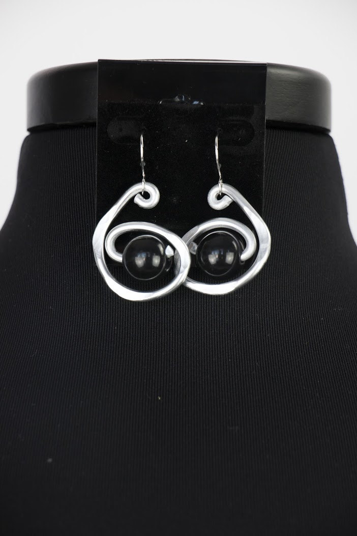 ER054 PEARL SWIRL EARRINGS