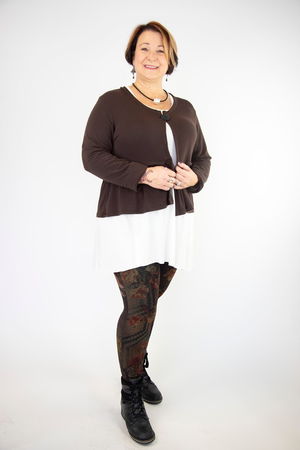 Twist Short Cardi - Chocolate
