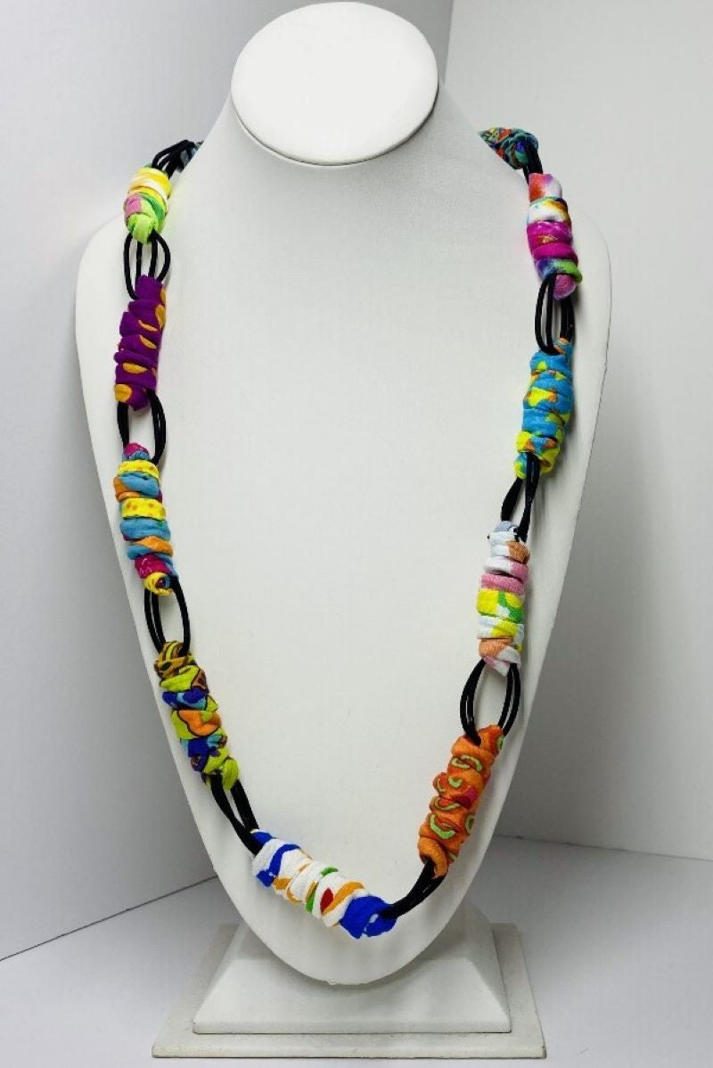 N111 Loopy Lei Necklace
