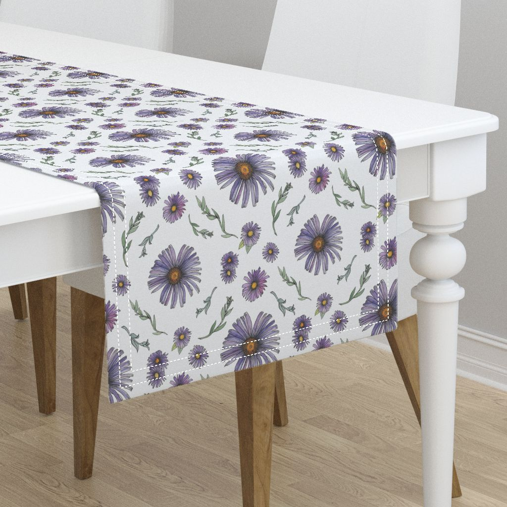 Flower Table Runner © Nicolet Laursen
