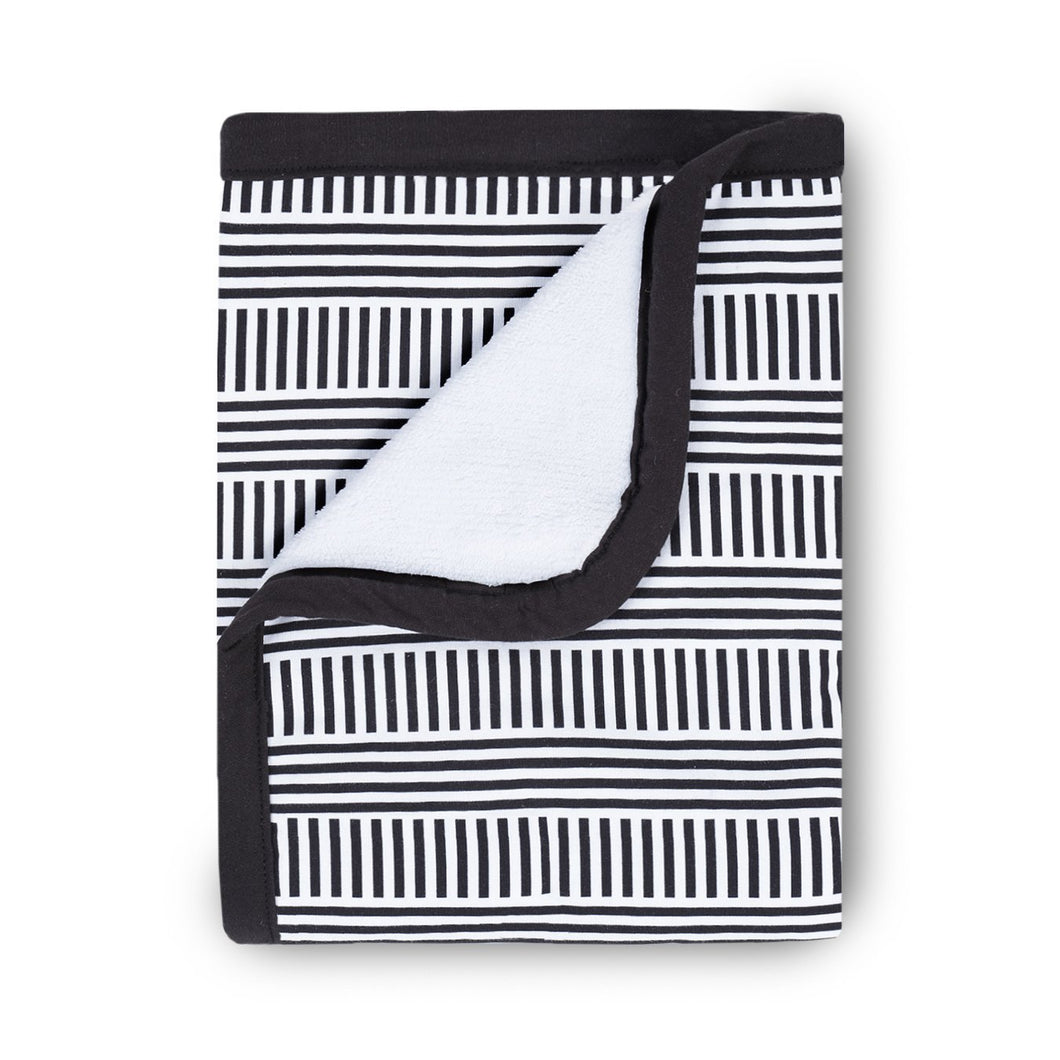 Oilo Black & White Cuddle Blanket