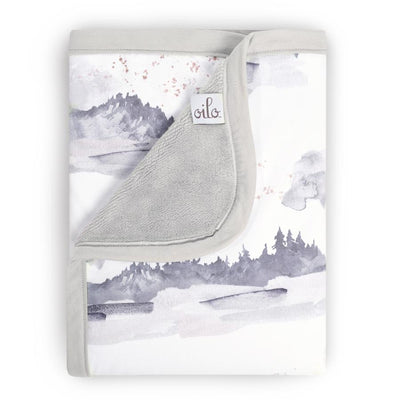 Oilo Misty Mountain Cuddle Blanket