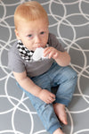 Organic Chew Reversible Bib Bee - Swirls & Scallops - Little Bee & Me