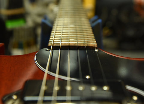 """A look at the 12"""" fingerboard radius on a Gibson SG"""