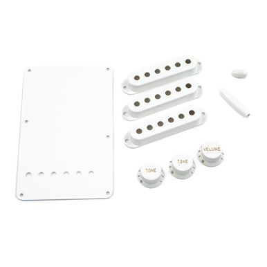 Fender® Pure Vintage 1954 Stratocaster Accessory Kit - White