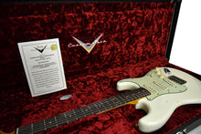 Fender Custom Shop 2016 NAMM 64 Strat Relic Aged Olympic White CZ537023 Case Open
