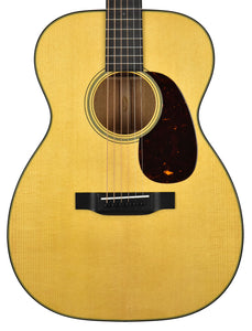 Martin 00-18 in Natural 2247588 Front Close