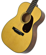 Martin 00-18 in Natural 2247588 Front Angle 2