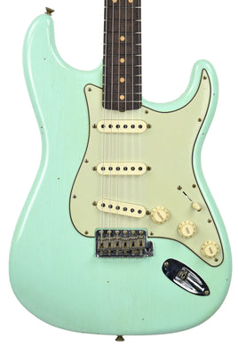 Fender Custom Shop 63 Stratocaster Surf Green Front Close