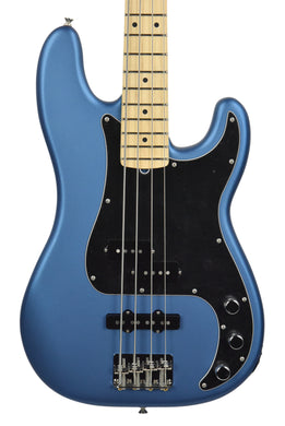 Fender American Performer P Bass in Satin Lake Placid Blue US18092791 | The Music Gallery | Front Close