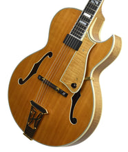 Used Heritage Sweet 16 Hollowbody Guitar w/OHSC P14302 Front Angle 2