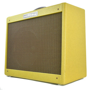 Victoria 5112 combo amp | Front Left