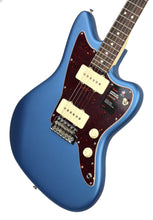 Fender American Performer Jazzmaster Satin Lake Placid Blue US19007165 | The Music Gallery | Front Angle 2